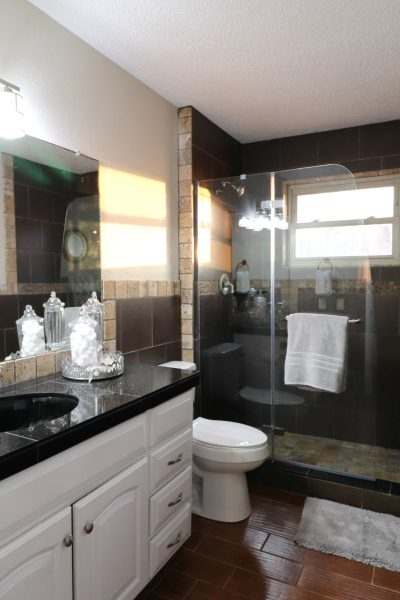 Flip 6 Bathroom Budget Makeover