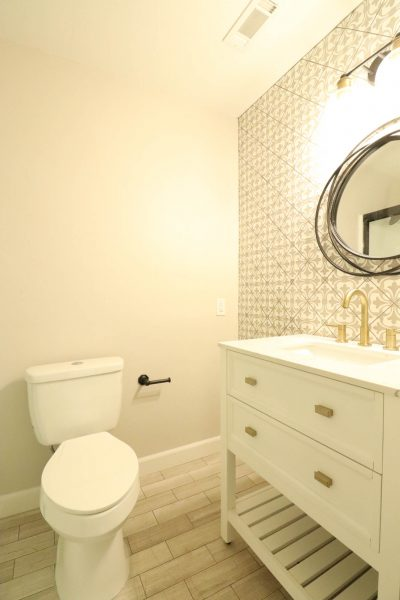 Flip 8 Bathroom Renovation Reveal Week