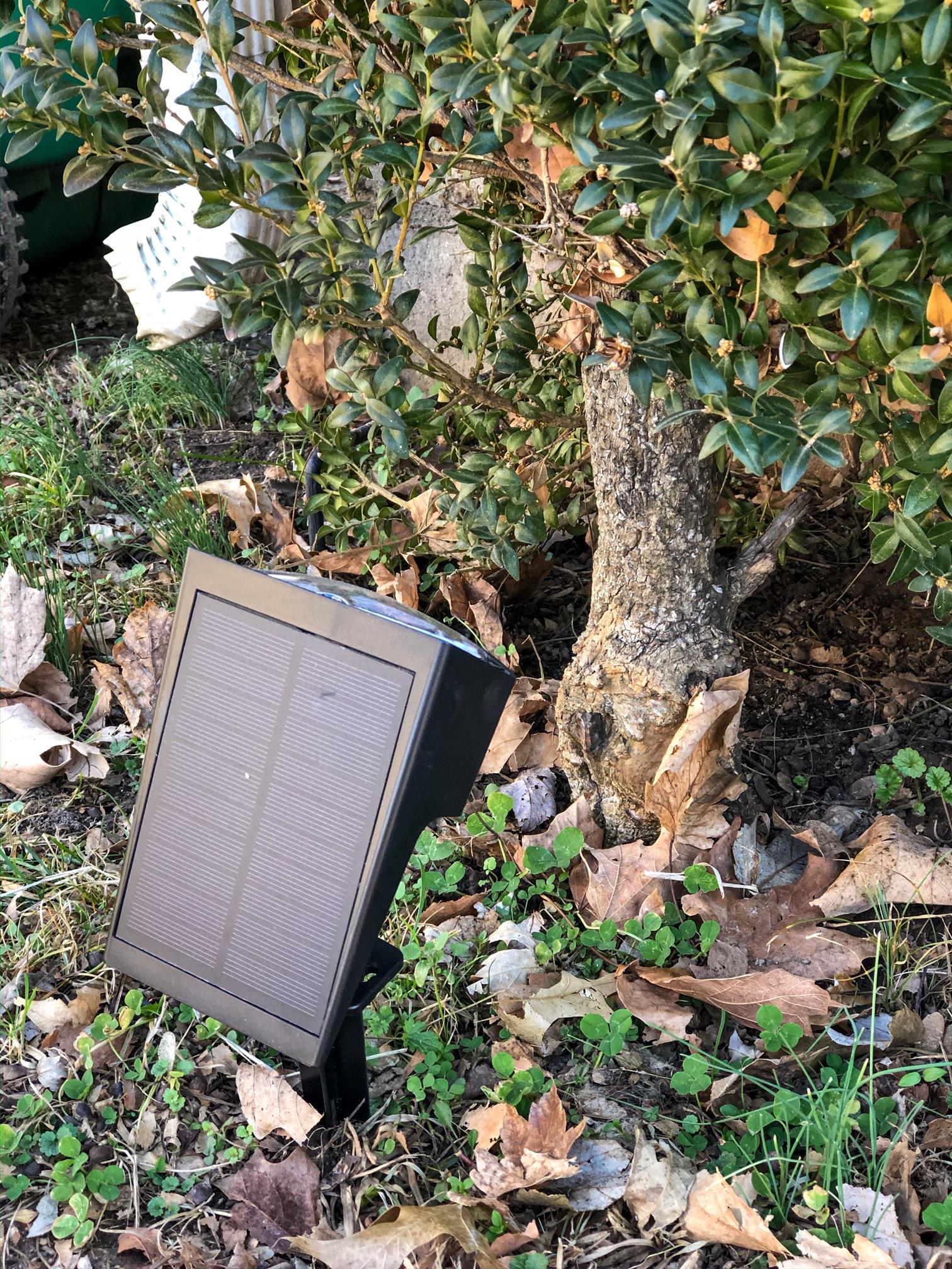 solar landscape wireless lighting