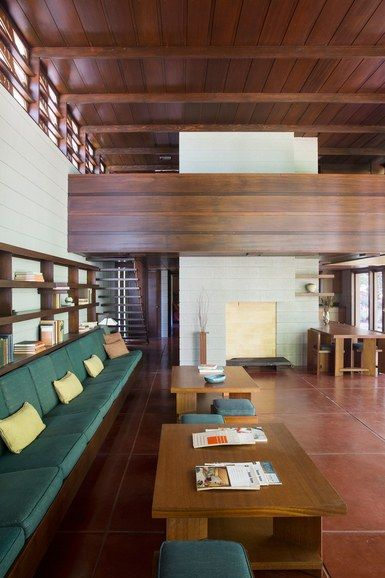 Frank Lloyd Wright Architecture Living Room